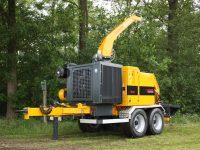 Foretec.lt - FORETEC INVESTICINĖ GRUPĖ - Tiekiame įvairią, miško transportavimui ir perdirbimui skirtą techniką: Skandinaviškus miškovežius,specialius miškovežinius antstatus sunkvežimiams,hidraulinius krautuvus- manipuliatorius,priekabas ir puspriekabes,medienos smulkintuvusi,skiedrovežines priekabas,atsargines dalis europe chippers EUROPE CHIPPERS – medienos smulkintuvai C 960  200x150