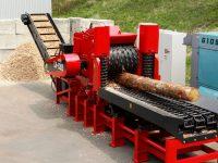 Foretec.lt - FORETEC INVESTICINĖ GRUPĖ - Tiekiame įvairią, miško transportavimui ir perdirbimui skirtą techniką: Skandinaviškus miškovežius,specialius miškovežinius antstatus sunkvežimiams,hidraulinius krautuvus- manipuliatorius,priekabas ir puspriekabes,medienos smulkintuvusi,skiedrovežines priekabas,atsargines dalis europe chippers EUROPE CHIPPERS – medienos smulkintuvai Europe Chippers EC 1175 E 1300x975 1 200x150
