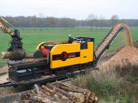 Foretec.lt - FORETEC INVESTICINĖ GRUPĖ - Tiekiame įvairią, miško transportavimui ir perdirbimui skirtą techniką: Skandinaviškus miškovežius,specialius miškovežinius antstatus sunkvežimiams,hidraulinius krautuvus- manipuliatorius,priekabas ir puspriekabes,medienos smulkintuvusi,skiedrovežines priekabas,atsargines dalis europe chippers EUROPE CHIPPERS – medienos smulkintuvai Europe Chippers EC 1175 Trailer mount 1300x867 1 200x150