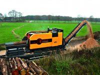 Foretec.lt - FORETEC INVESTICINĖ GRUPĖ - Tiekiame įvairią, miško transportavimui ir perdirbimui skirtą techniką: Skandinaviškus miškovežius,specialius miškovežinius antstatus sunkvežimiams,hidraulinius krautuvus- manipuliatorius,priekabas ir puspriekabes,medienos smulkintuvusi,skiedrovežines priekabas,atsargines dalis europe chippers EUROPE CHIPPERS – medienos smulkintuvai IMG 0489 edit 1300x867 1 200x150