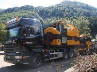 Foretec.lt - FORETEC INVESTICINĖ GRUPĖ - Tiekiame įvairią, miško transportavimui ir perdirbimui skirtą techniką: Skandinaviškus miškovežius,specialius miškovežinius antstatus sunkvežimiams,hidraulinius krautuvus- manipuliatorius,priekabas ir puspriekabes,medienos smulkintuvusi,skiedrovežines priekabas,atsargines dalis europe chippers EUROPE CHIPPERS – medienos smulkintuvai Overview Europe Chippers 1300x867 1 200x150