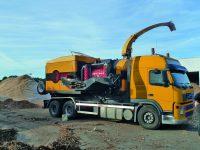Foretec.lt - FORETEC INVESTICINĖ GRUPĖ - Tiekiame įvairią, miško transportavimui ir perdirbimui skirtą techniką: Skandinaviškus miškovežius,specialius miškovežinius antstatus sunkvežimiams,hidraulinius krautuvus- manipuliatorius,priekabas ir puspriekabes,medienos smulkintuvusi,skiedrovežines priekabas,atsargines dalis europe chippers EUROPE CHIPPERS – medienos smulkintuvai P1020031 geel 1300x975 1 200x150